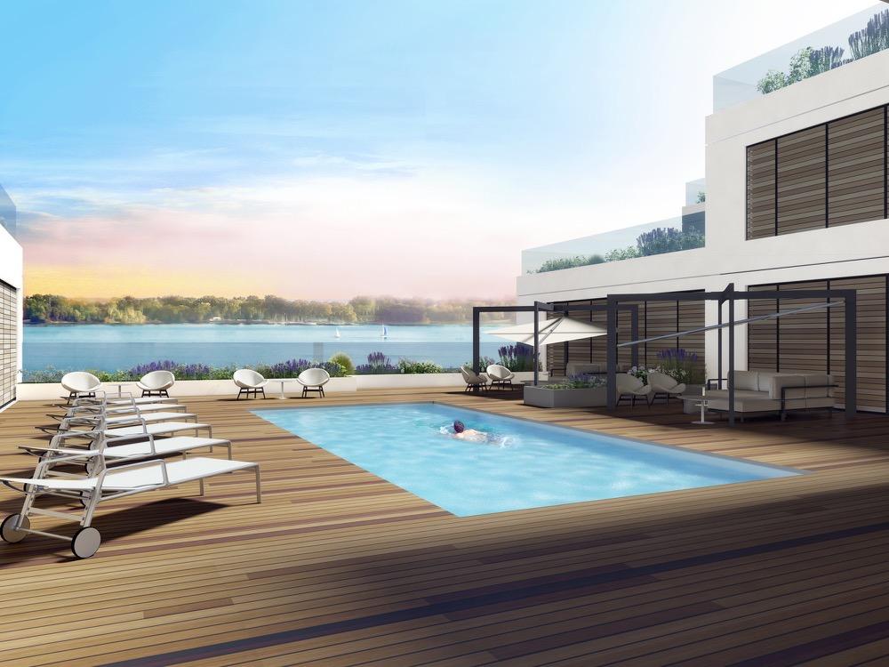 Rooftop pool at Aquabella Condos