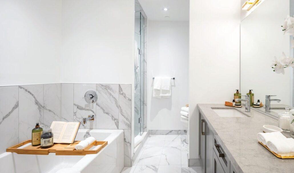 Empire Maven Condos Bathroom